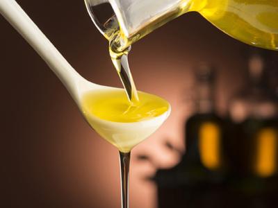 Öl, Bild von qiu zhi by pixabay © Kersten Sitte, www.essbarewildpflanzen.at